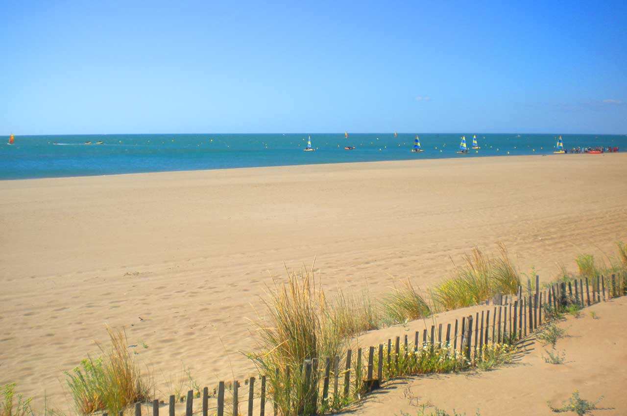 Plage Voile Camping Marina